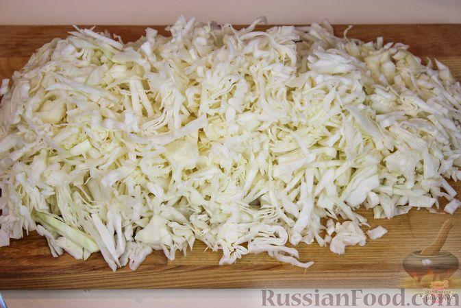 Фото приготовления рецепта: Вытяжное тесто фило в домашних условиях - шаг №9