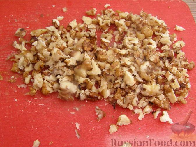 Фото приготовления рецепта: Фруктовый салат с черносливом - шаг №5