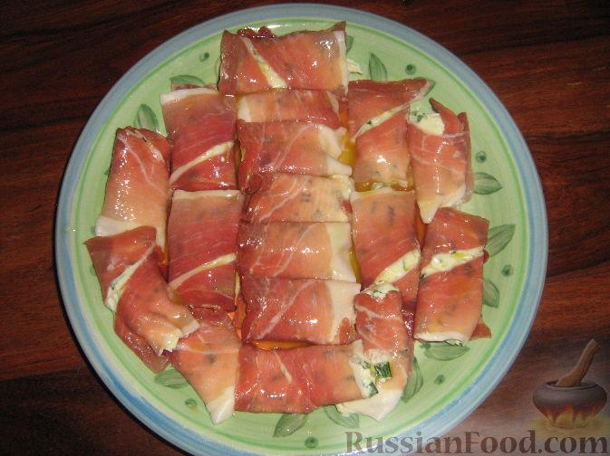 Фото приготовления рецепта: Вертута с яблоками и корицей - шаг №2
