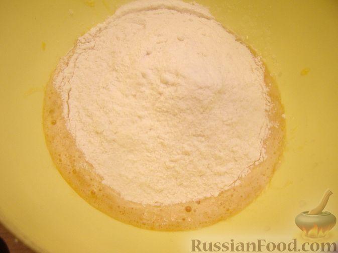 Фото приготовления рецепта: Овощной суп с рыбными фрикадельками - шаг №3
