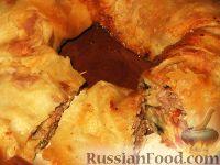 Фото к рецепту: Мясной рулет из лаваша