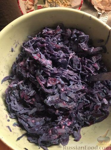 Фото приготовления рецепта: Дрожжевые булочки-завитки с грушей и корицей - шаг №4