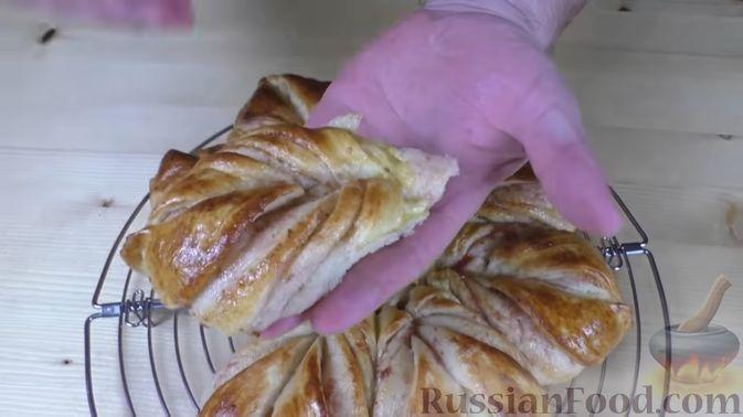 Фото приготовления рецепта: Куриные котлеты с имбирём, чесноком и кинзой (без яиц) - шаг №6