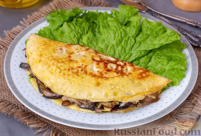 Фото приготовления рецепта: Салат с крабовыми палочками, ананасами, маслинами и кукурузой - шаг №9