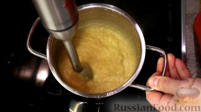 Фото приготовления рецепта: Яблочный соус - шаг №5