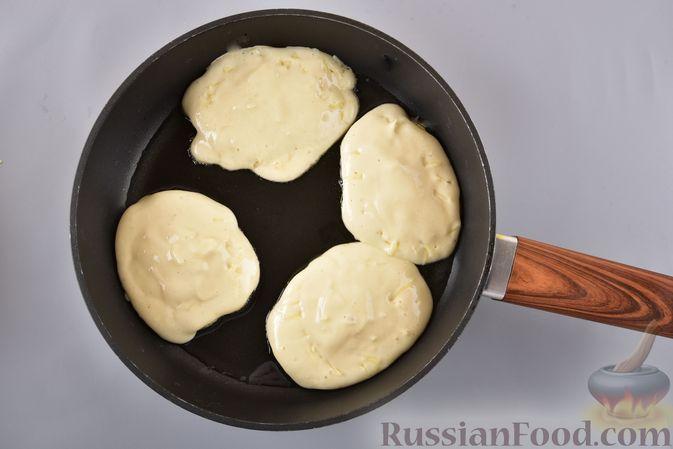 Фото приготовления рецепта: Творожные багеты - шаг №7