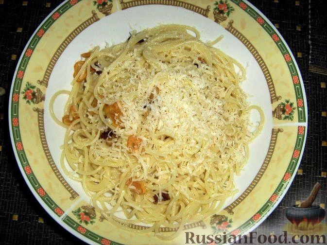 Рецепт Паста с чесноком и острым перцем (Spaghetti aglio olio)