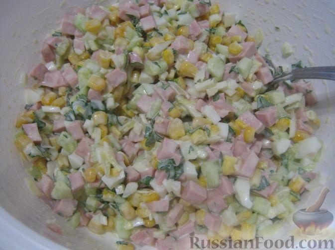 рецепт салата из колбасы с майонезом