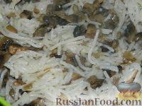 Фото приготовления рецепта: Макароны с грибами - шаг №6