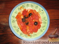 Фото к рецепту: Треска алла ливорнезе (по-ливорнийски)