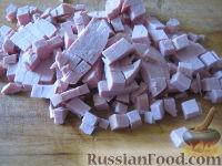 """Фото приготовления рецепта: Салат """"Столичный"""" - шаг №6"""