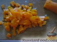"""Фото приготовления рецепта: Салат """"Столичный"""" - шаг №4"""