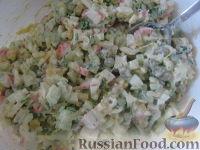 """Фото приготовления рецепта: Салат """"Столичный"""" - шаг №9"""