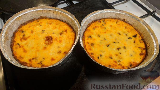 Фото приготовления рецепта: Тушёная капуста с шампиньонами и сладким перцем - шаг №5