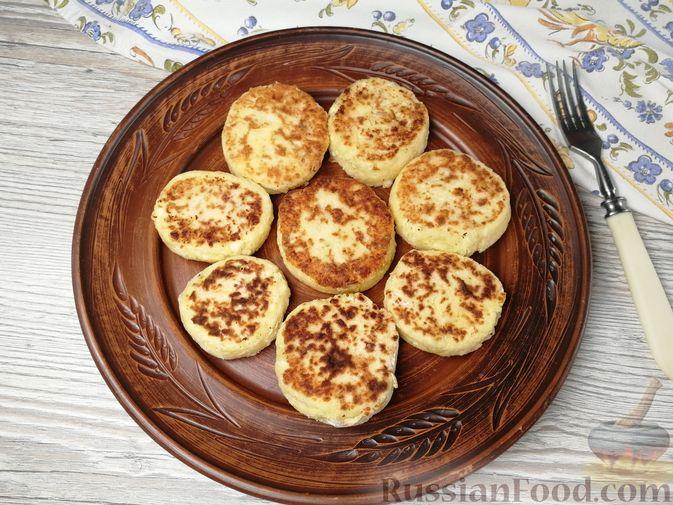 Фото приготовления рецепта: Суп с куриными фрикадельками и вермишелью - шаг №17