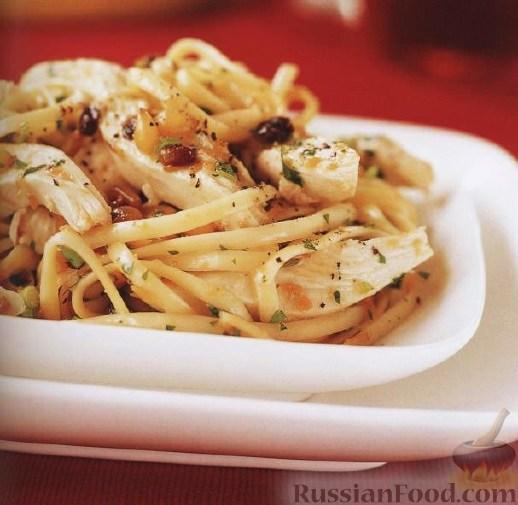 Рецепт Паста с курицей, орешками и лимоном