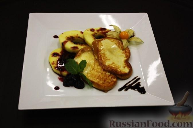 Рецепт Жареная скаморца с яблоками и ежевичным конфитюром