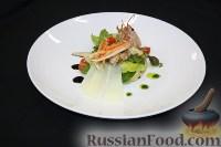 Фото к рецепту: Салат из артишоков, груши и лангустинов с апельсиновым цитронетом