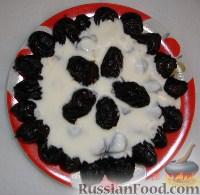 Фото к рецепту: Чернослив с орехами