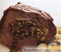Фото к рецепту: Говядина с черносливом и орехами