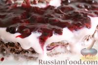 Фото к рецепту: Шоколадно-ягодный торт
