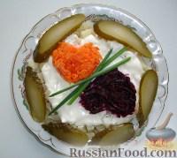 Фото к рецепту: Картошка с овощами и солеными огурчиками