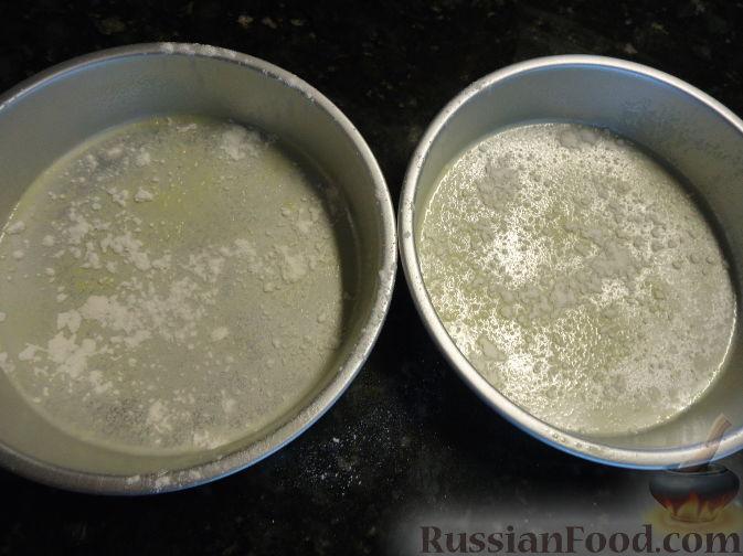 Фото приготовления рецепта: Салат с морковью, яблоком, кукурузой и яйцами - шаг №3