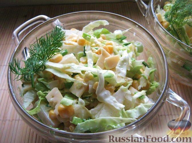 "Рецепт Салат с ананасом и кукурузой ""Восторг"""