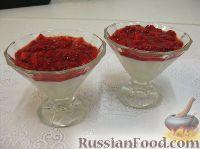 Фото к рецепту: Ванильный пудинг с джемом из свежей клубники