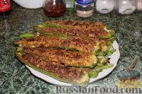 Фото к рецепту: Острый перец, фаршированный мясом, в кляре