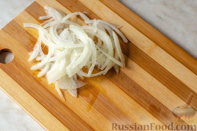 Фото приготовления рецепта: Бездрожжевой хлеб на пиве - шаг №6