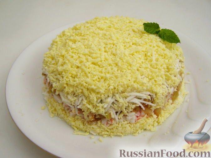 Рецепт Салат из яиц с яблоком и крабовыми палочками