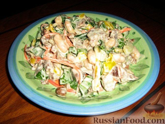 Фото приготовления рецепта: Тушёная капуста с шампиньонами и сладким перцем - шаг №1