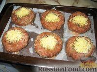 Фото приготовления рецепта: Мясные гнезда - шаг №7