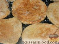 Фото приготовления рецепта: Нежные печеночные оладьи - шаг №16