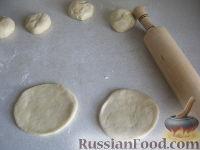 Фото приготовления рецепта: Хлебные лепешки - шаг №5