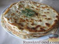 Фото к рецепту: Лепешки, жаренные без дрожжей (казахская кухня)