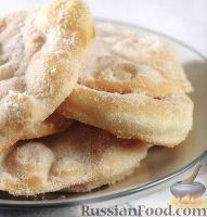 Фото к рецепту: Дрожжевые лепешки с сахаром