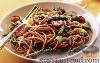 Фото к рецепту: Спагетти с помидорами, горошком, луком и спаржей