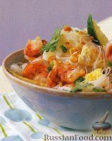Фото к рецепту: Рисовая лапша по-тайски