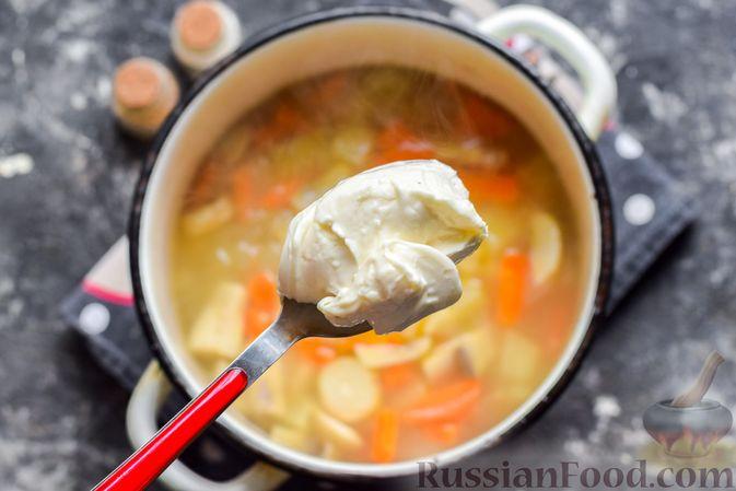 Фото приготовления рецепта: Запеканка из кабачков с фрикадельками - шаг №9