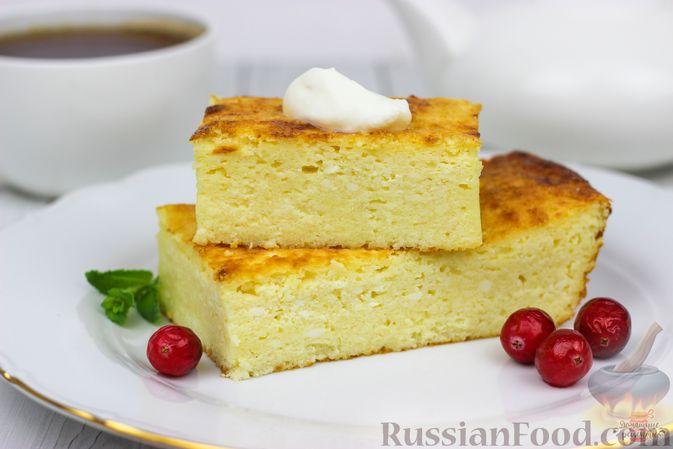Фото приготовления рецепта: Говяжья печень, тушенная в яблочно-сметанном соусе - шаг №5