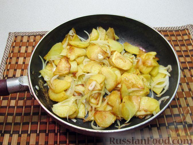 Фото приготовления рецепта: Пирог на кукурузной муке, с апельсинами в сахарном сиропе - шаг №4