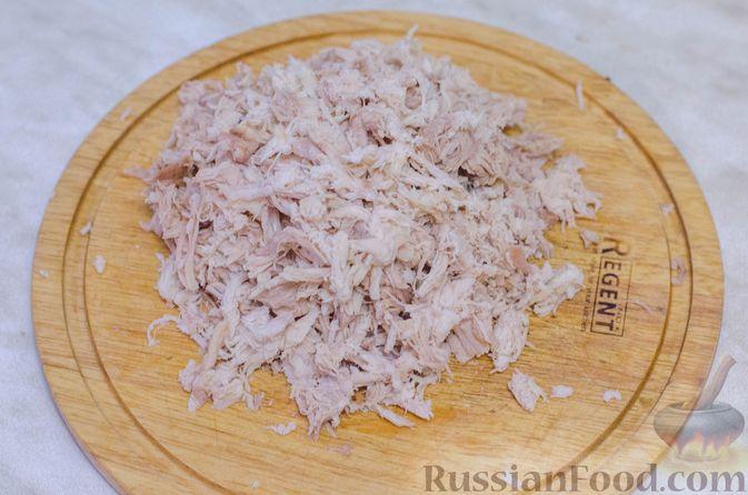 Фото приготовления рецепта: Намазка для бутербродов, из курицы с морковью и плавленым сыром - шаг №6