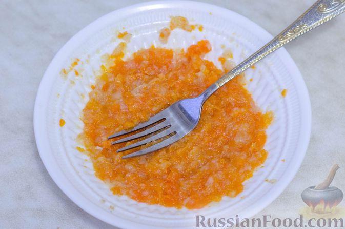 Фото приготовления рецепта: Намазка для бутербродов, из курицы с морковью и плавленым сыром - шаг №7