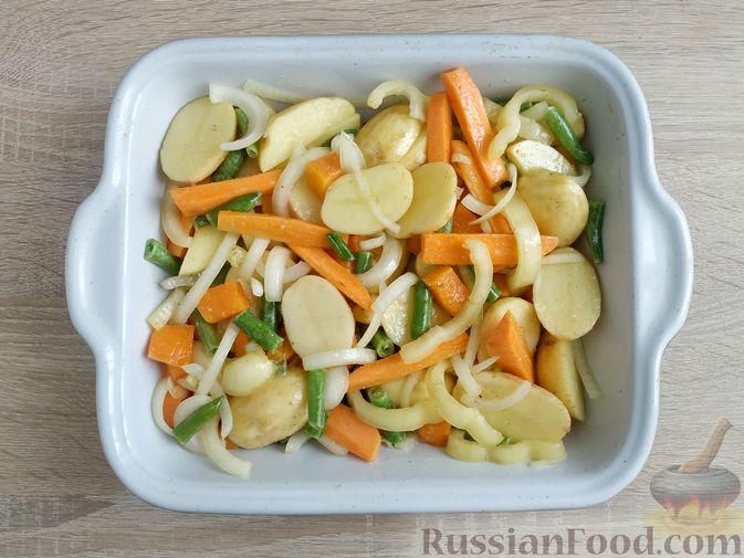 Фото приготовления рецепта: Куриное филе, запечённое с овощами - шаг №10