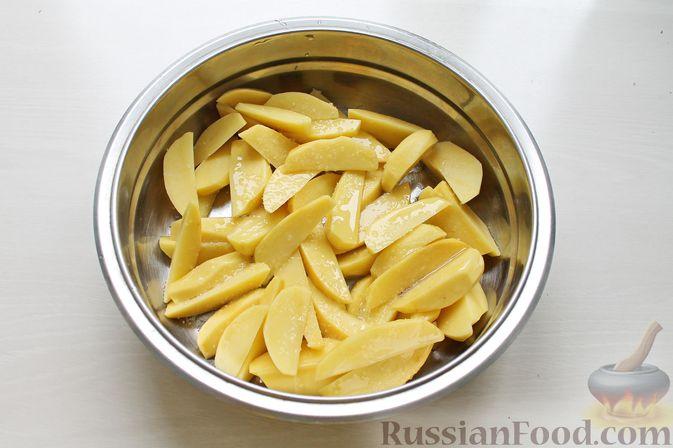 Фото приготовления рецепта: Запеканка из кабачков с фрикадельками - шаг №1