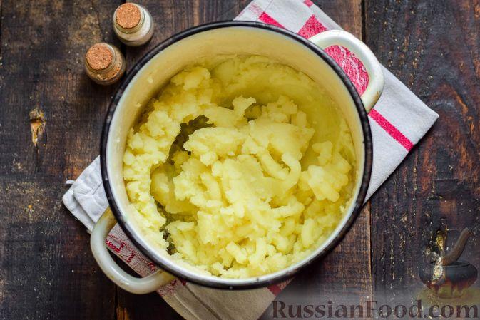 Фото приготовления рецепта: Рыбная запеканка с картофелем и шпинатом - шаг №3