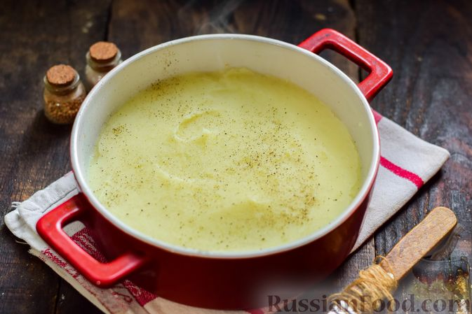 Фото приготовления рецепта: Рыбная запеканка с картофелем и шпинатом - шаг №9