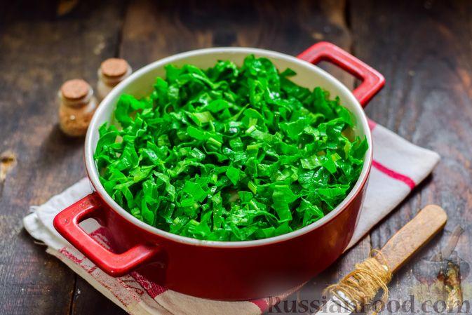 Фото приготовления рецепта: Рыбная запеканка с картофелем и шпинатом - шаг №10